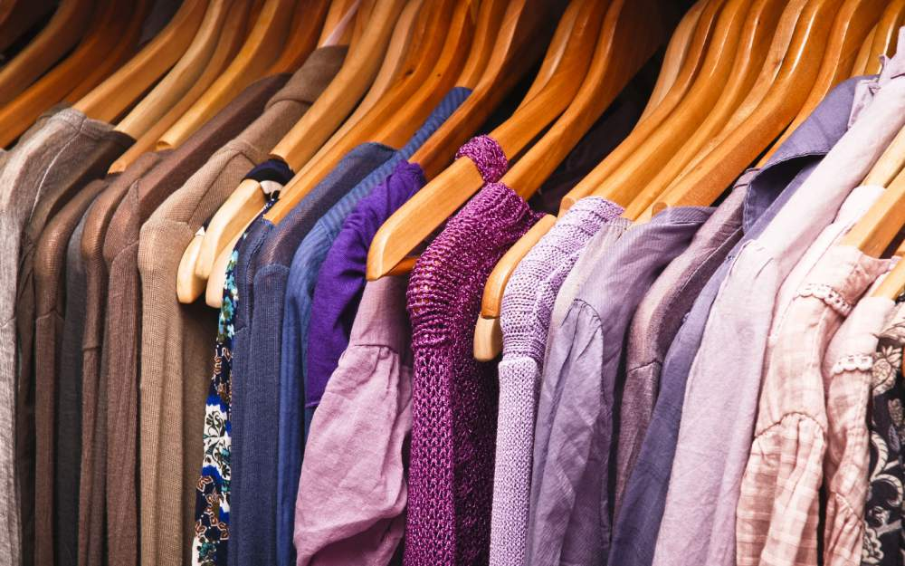 8cb29038dee4 Продаж одягу в інтернеті як спосіб додаткового заробітку   SEO та ...