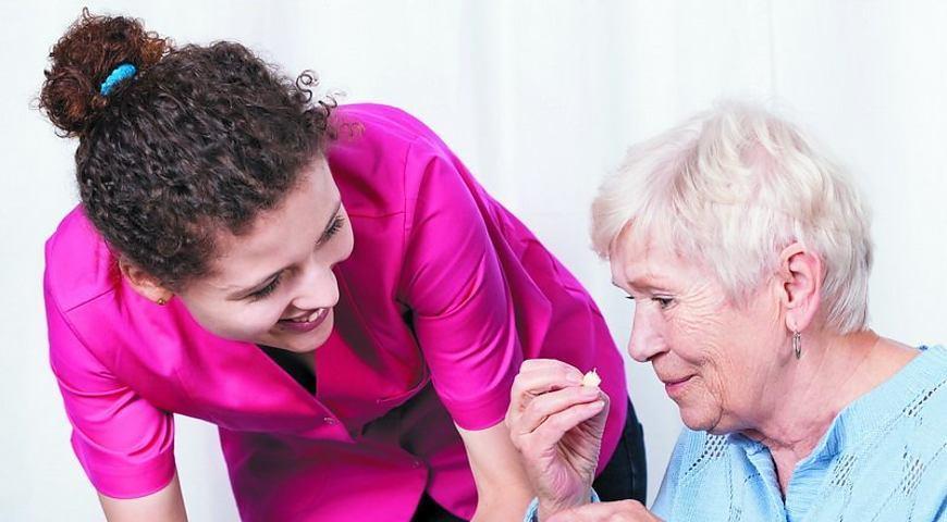 робота в Італії доглядальниця