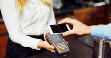 ПриватБанк запустив безконтактні кредити за допомогою смартфонів