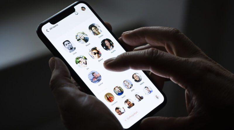 Особливості нової соціальної мережі для бізнесу соціальної мережі Clubhouse