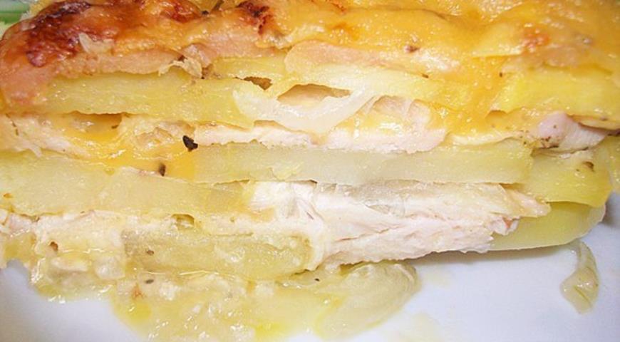 Як приготувати запіканку із курки та картоплі